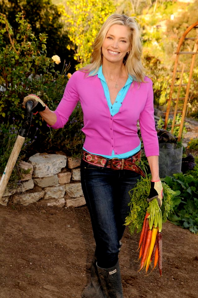 Kelly Emberg 2013 Gardening - kelly emberg - the model gardenerkelly ...